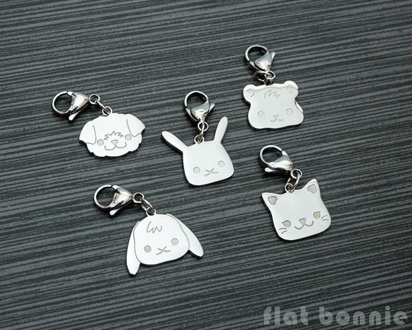 Cute animal charm - Kawaii zipper pull  - Backpack accessory - Bunny, Dog, Cat, Guinea Pig - 1