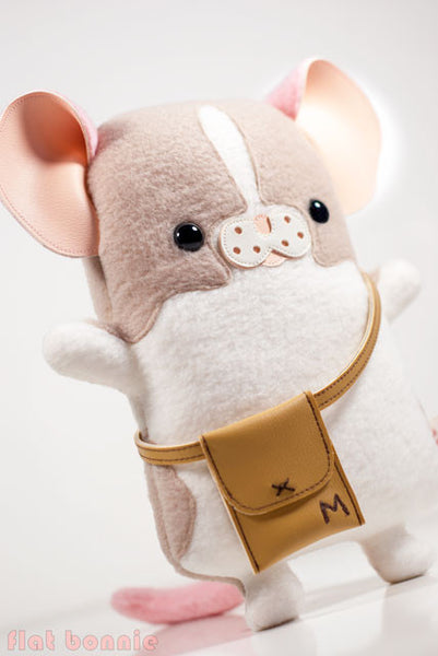 "Flat Bonnie x Marty Mouse - Limited Edition ""Travel Marty"" - Mouse/ Rat stuffed animal plush - Plush Stuffed Animal - Flat Bonnie - 4"