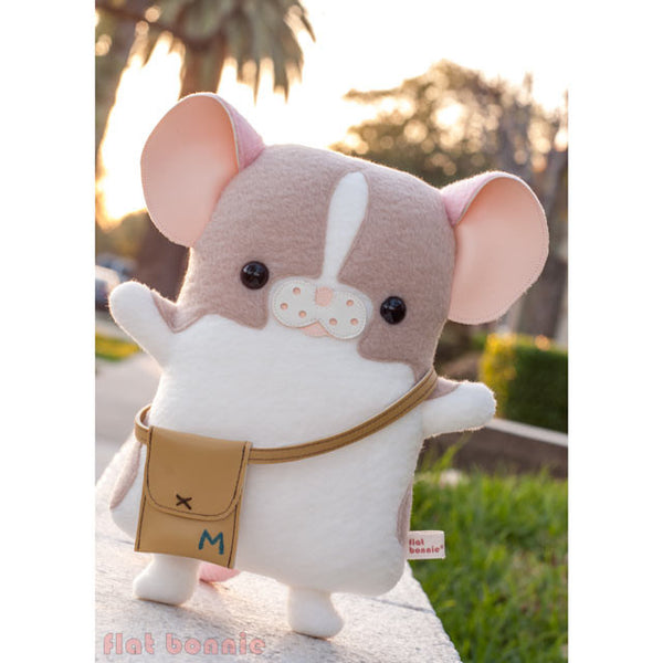 "Flat Bonnie x Marty Mouse - Limited Edition ""Travel Marty"" - Mouse/ Rat stuffed animal plush - Plush Stuffed Animal - Flat Bonnie - 2"