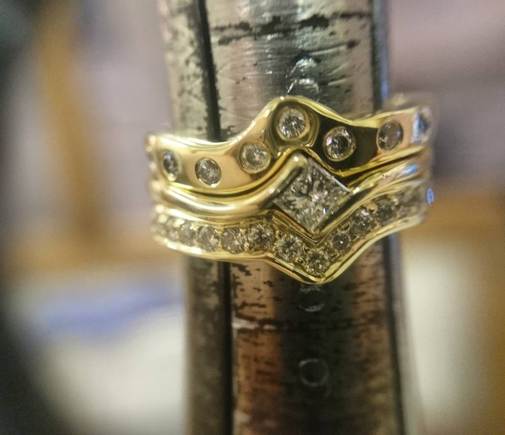 Personalising your wedding rings