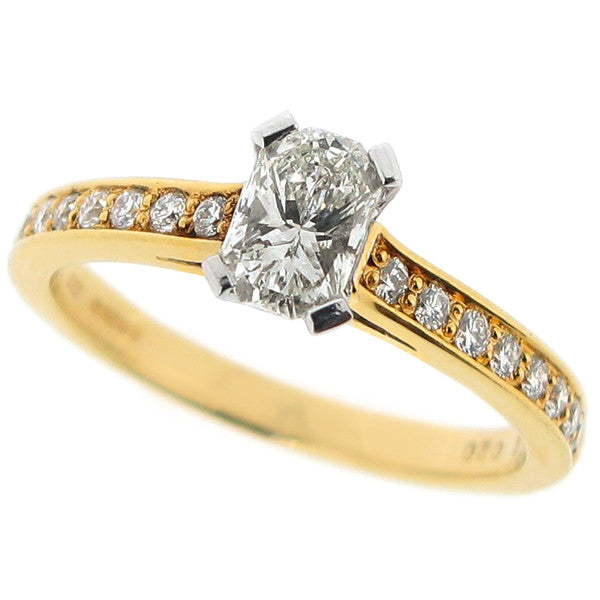 Phoenix cut diamond ring with diamond set shoulders in 18ct yellow gold, 0.72ct