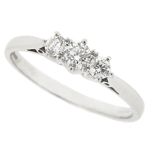 Brilliant cut diamond three stone ring in platinum, 0.34ct