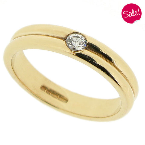 Diamond set grooved band ring in 9ct yellow gold