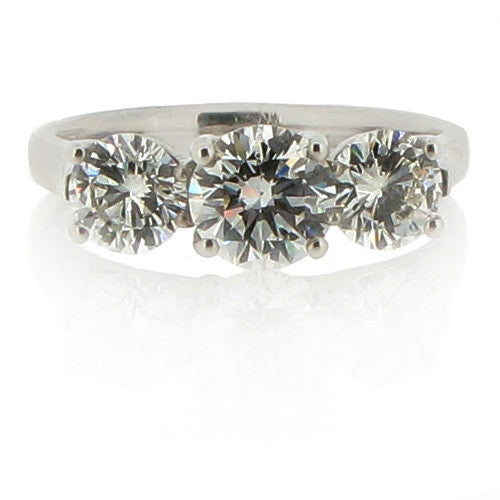 Ring - Diamond three stone ring in platinum, 1.91ct.  - PA Jewellery