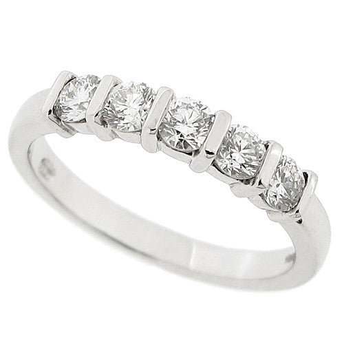 Bar set diamond five stone ring in platinum, 0.62ct