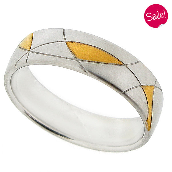 Abstract pattern band ring in platinum and 18ct yellow gold