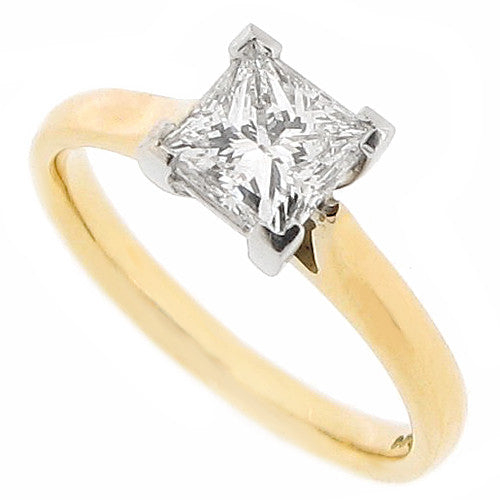Princess cut diamond solitaire ring in 18ct gold and platinum, 1.01ct