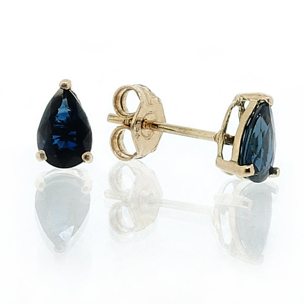 Pear shape sapphire stud earrings in 18ct yellow gold