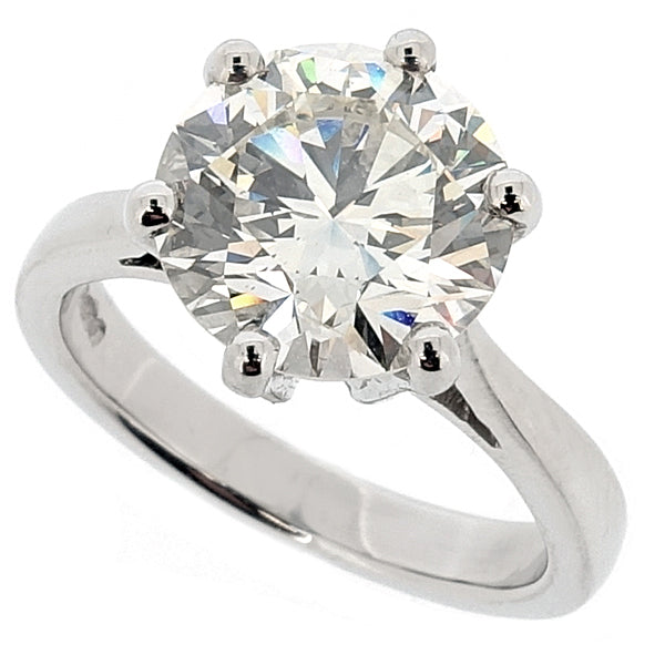 Brilliant cut diamond solitaire ring in platinum, 2.61ct