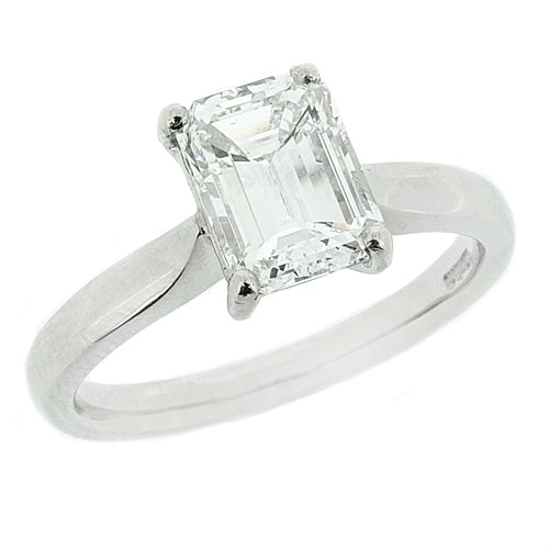 Emerald cut diamond solitaire ring in platinum, 1.50ct
