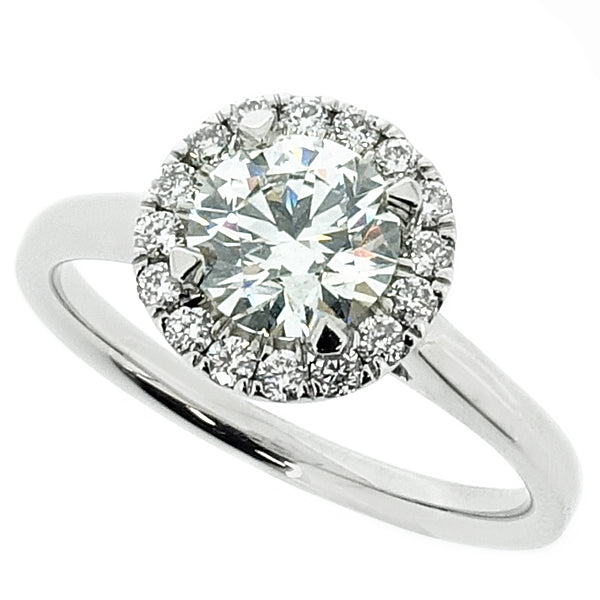 Brilliant cut diamond halo cluster ring in platinum, 0.91ct