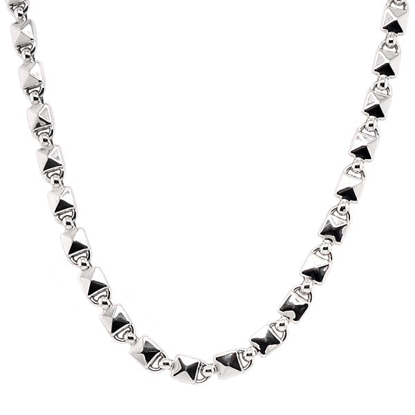 Mambo necklace in 18ct white gold