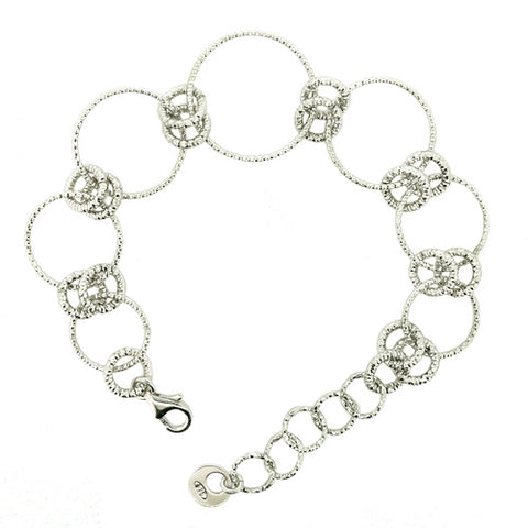 Diamond cut circle bracelet in silver