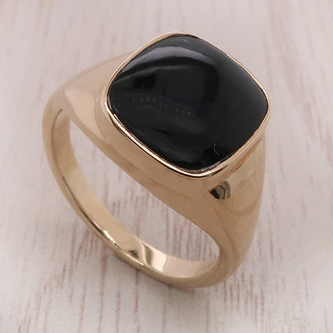Onyx cushion shape signet ring in 9ct gold