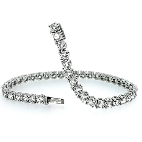 Brilliant cut diamond line bracelet in 18ct white gold, 9.60ct