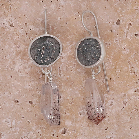 Quartz earrings in silver