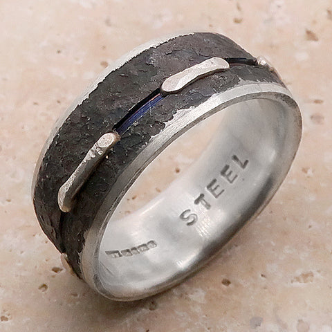 Textured and grooved band in silver and steel