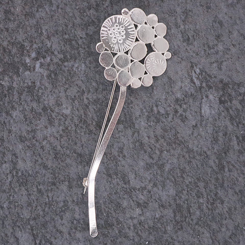 Allium brooch in silver