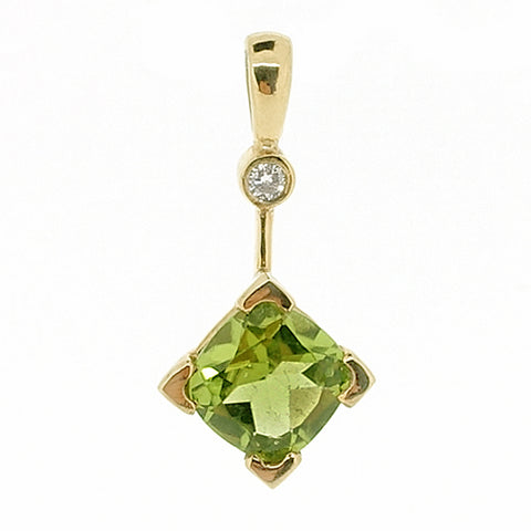Peridot and diamond pendant in 9ct yellow gold