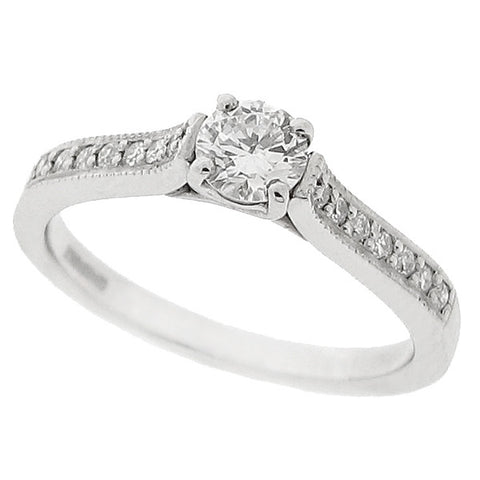 Diamond ring with diamond set shoulders in platinum, 0.40ct