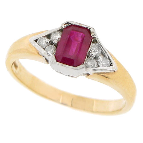 Ruby and diamond ring in 9ct yellow gold