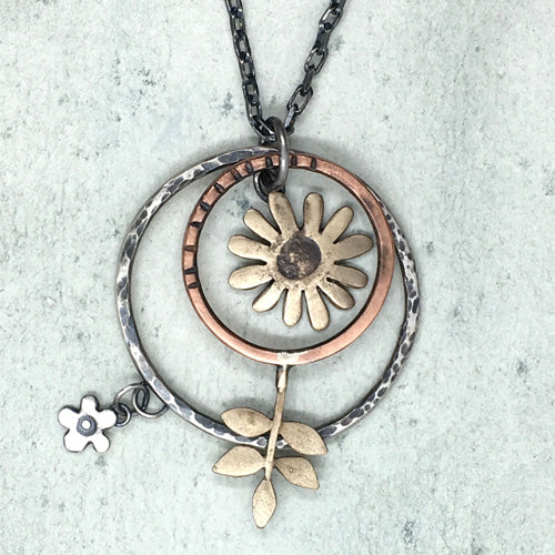 Daisy large hoop pendant and chain in silver, bronze and copper
