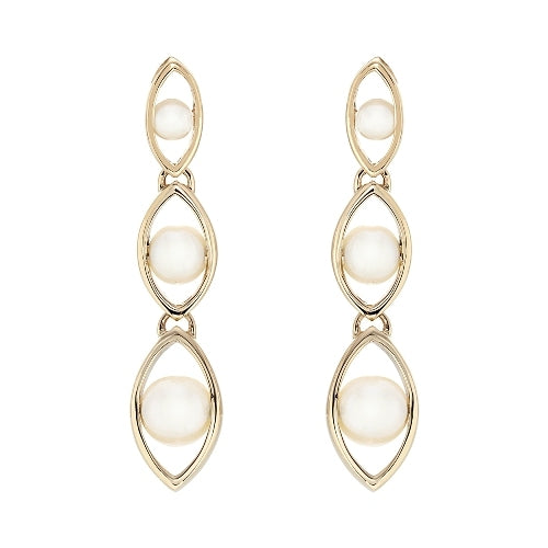 Freshwater pearl drop earrings in 9ct gold