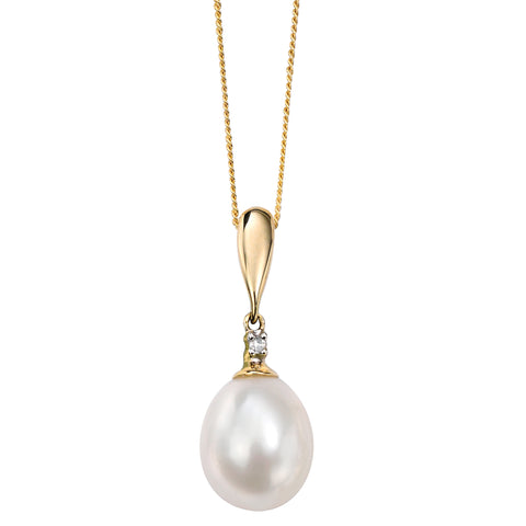 Freshwater pearl and diamond pendant and chain in 9ct gold