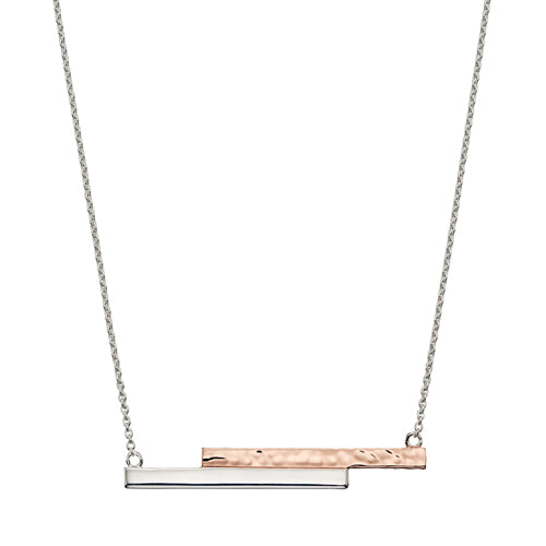 Hammered bar necklace in silver with rose gold-plating
