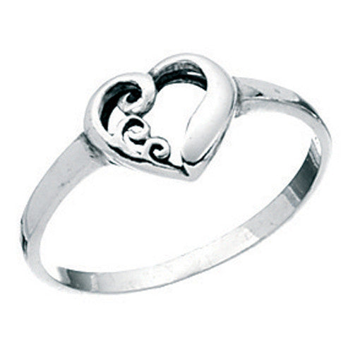 Heart ring with swirl design in silver