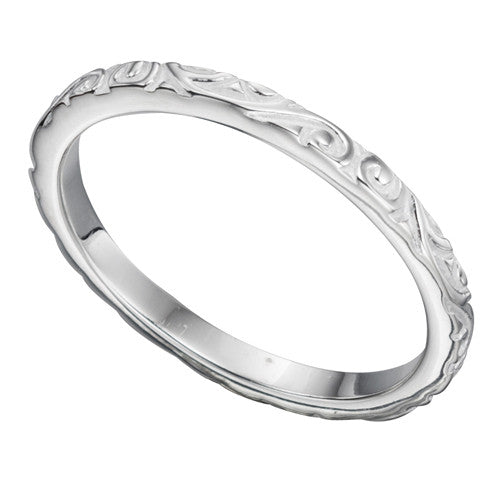 Scroll detail band ring in silver