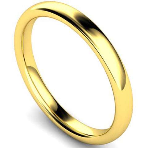 Slight court profile wedding ring in yellow gold, 2.5mm width