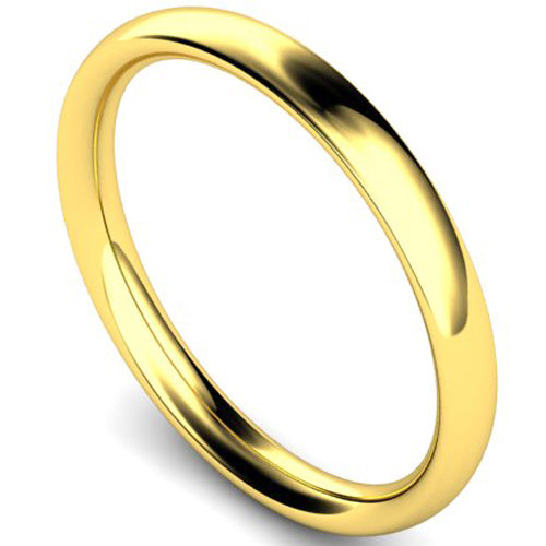 Traditional court profile wedding ring in yellow gold, 2.5mm width