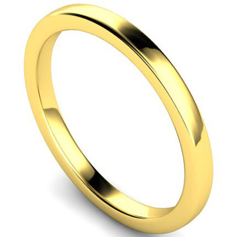 Edged slight court profile wedding ring in yellow gold, 2mm width