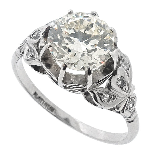 Edwardian cut diamond solitaire with diamond set shoulders ring in platinum, 1.92ct