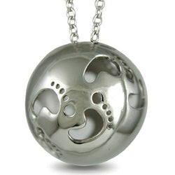 Neckwear - 'First steps' pendant and chain in silver  - PA Jewellery