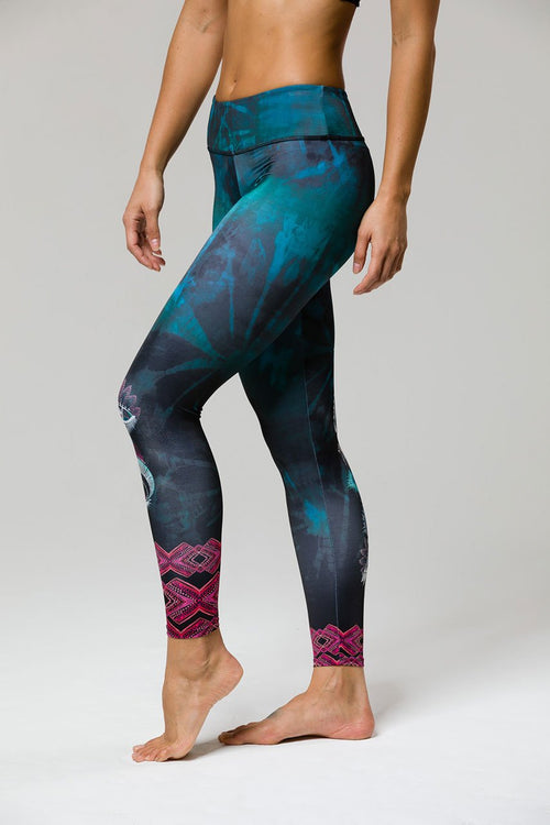 Onzie Mystic Graphic Midi Legging