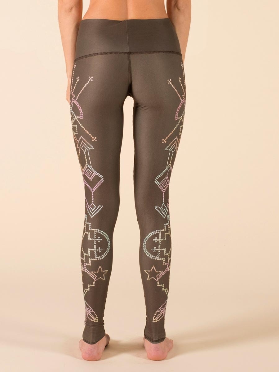 Teeki Seven Crowns Hot Pant Leggings