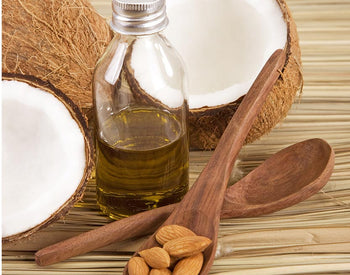 Almond Oil vs Coconut Oil - What To Use, And When?