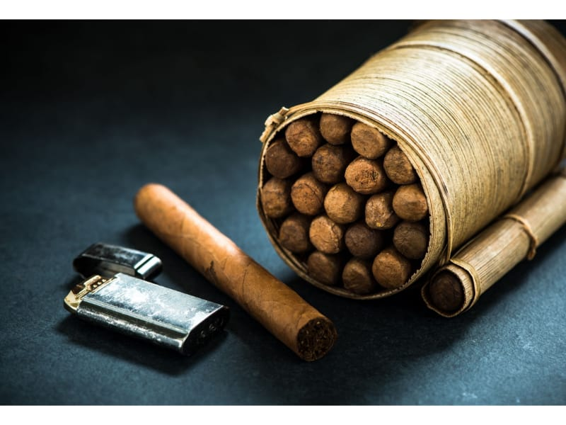 6 Consequences of Keeping Cigars Without a Humidor