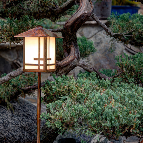 Shoji Lantern Light - Pitched Roof - Post