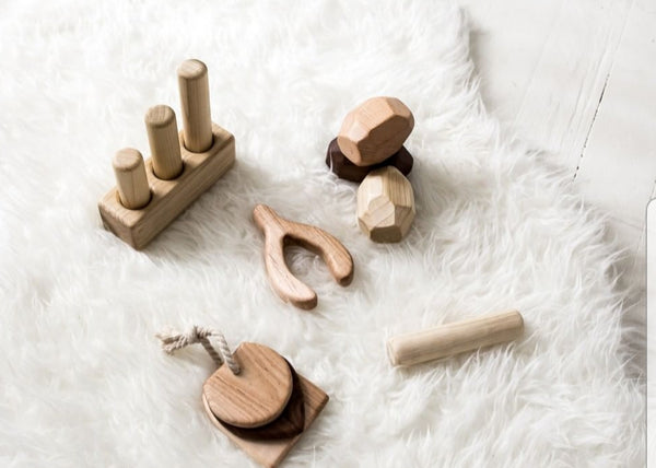 Wood Peg Puzzle - Stacker Game