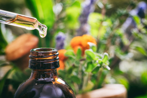 16 Effective Essential Oils for Scars (and Three Healing Oil