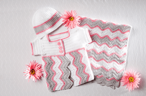 Deborah Norville Everyday® Baby Chevron Blanket