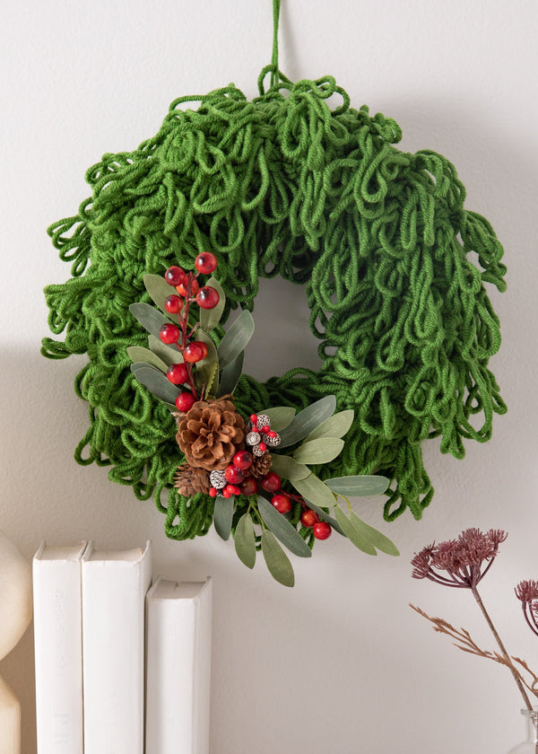 Yuletide Loopy Wreath