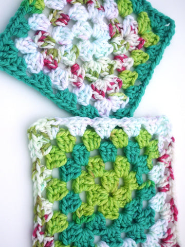 Bloom Chunky Basic Granny Square