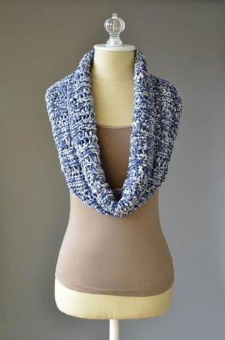 Rib and Lace Cowl