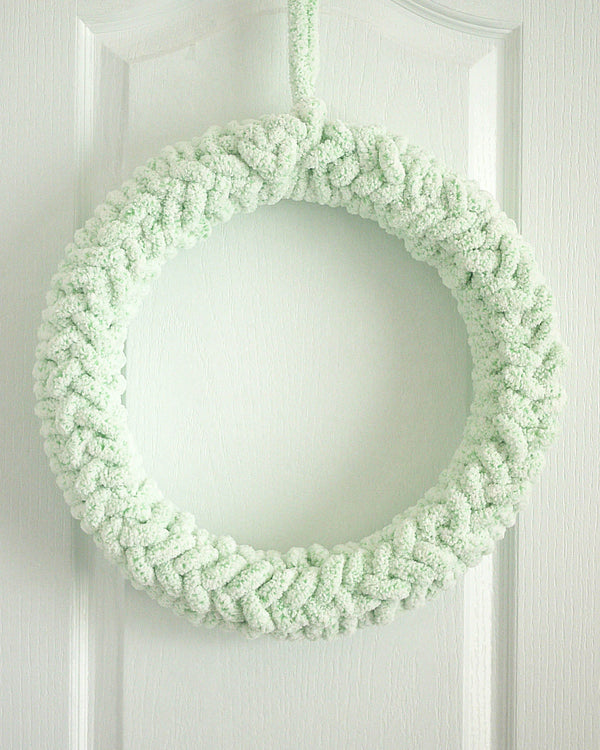 Finger Crochet Wreath