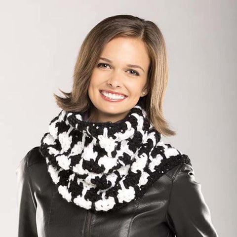Deborah Norville Checkered Cowl Free Download
