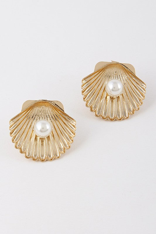 'Under the Sea' Pearl Studs